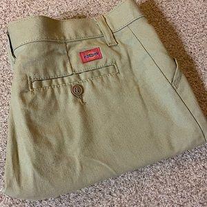 Dickies Classic Khaki Shorts